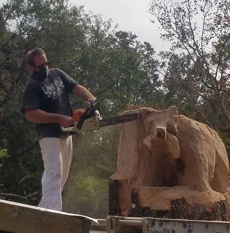 Spencer hunter wood carvings  wood statues wood
