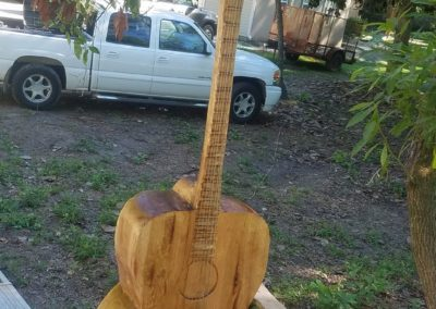big-oak-wood-guitar-carving 2