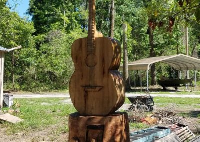 big-oak-wood-guitar-carving-3